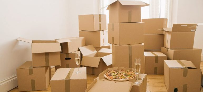 Picture of cardboard boxes