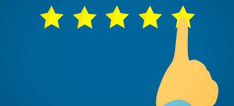 Picture of a five-star rating you see when you hire a licensed moving company.