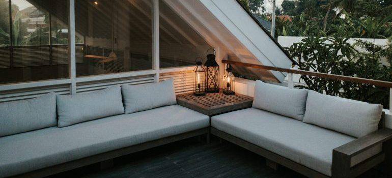 penthouse balcony is something to pay special attention to when Lighting is going to play an important role in arranging your new penthouse