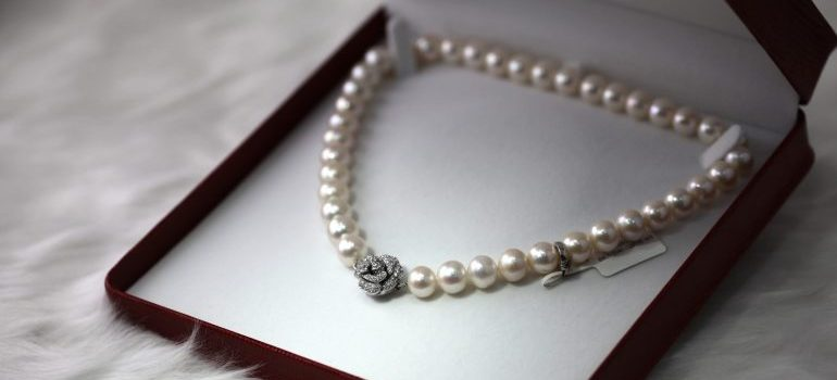 Pearl necklace in a box - Items Movers Should Not Pack