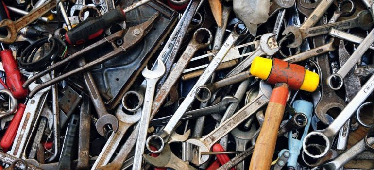 unpack your garage tools tidily not messy like this