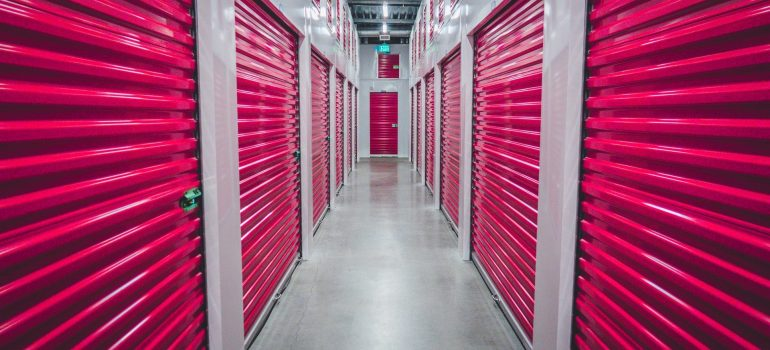 an inside view of a storage facility to make it easier with finding the perfect storage solution